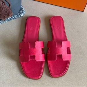 Hot Pink Hermès Sandals